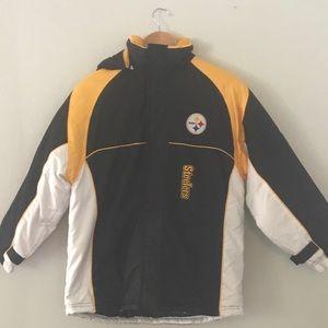 Boys L (14-16) Reebok Pittsburgh Steelers coat!